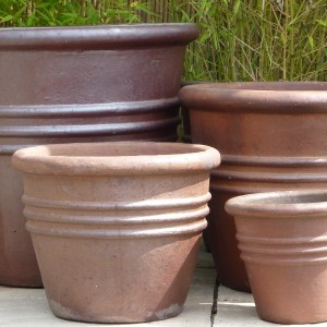 Rustic 3 Ring Tapered Pot-677