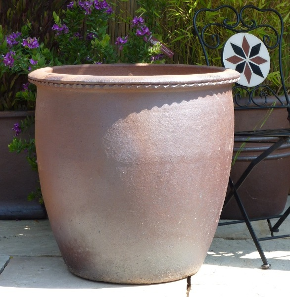Rustic Tall Scallop Rim Pot-0