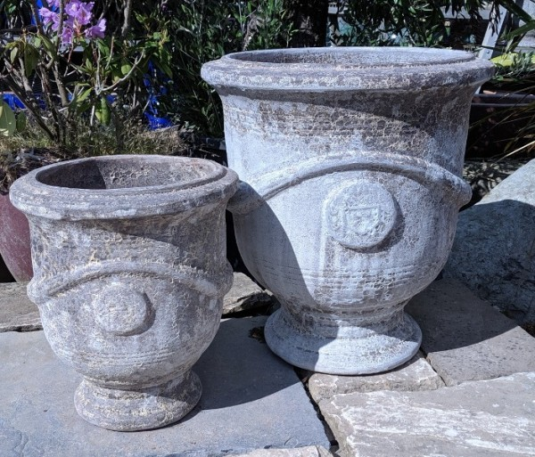 Atlantis Pedestal Pot White Small-746