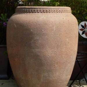Old Stone Scallop Rim Water Jar-0