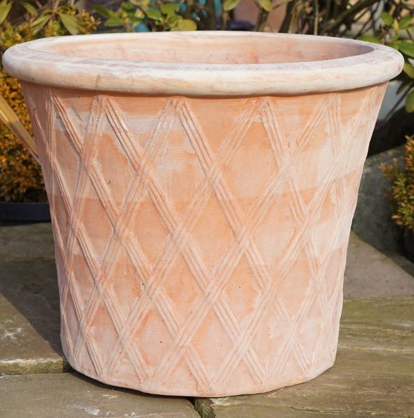 Tuscan Lattice Pot -0